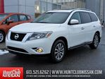 2014 Nissan Pathfinder SL   Sunroof, Leather, Rear Camera in Ottawa, Ontario