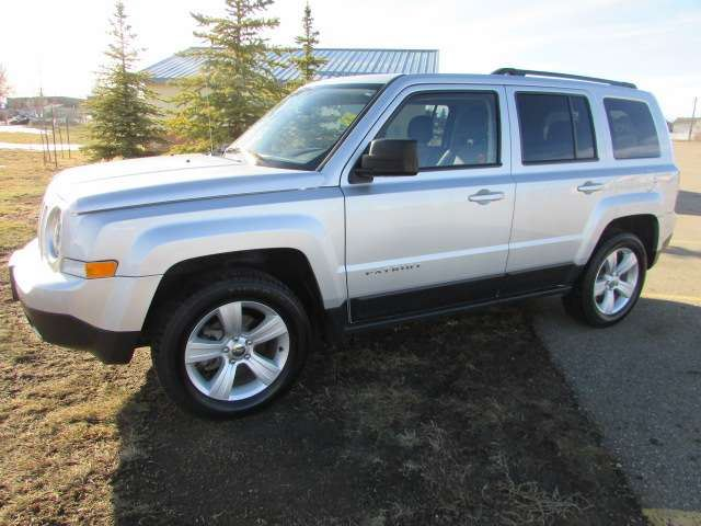 2014 JEEP PATRIOT North 4x4 in Medicine Hat, Alberta