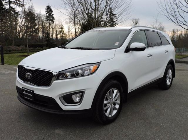 2016 kia sorento 2 4l lx surrey british columbia used car for sale 2685503. Black Bedroom Furniture Sets. Home Design Ideas