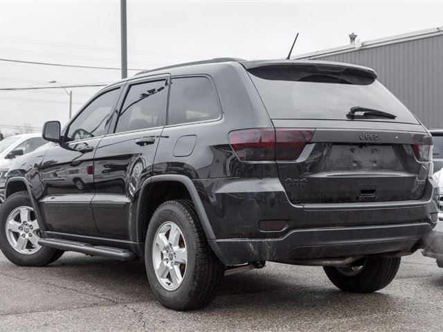 2013 jeep grand cherokee laredo cloth seats black out pkg mississauga ontario used car for. Black Bedroom Furniture Sets. Home Design Ideas