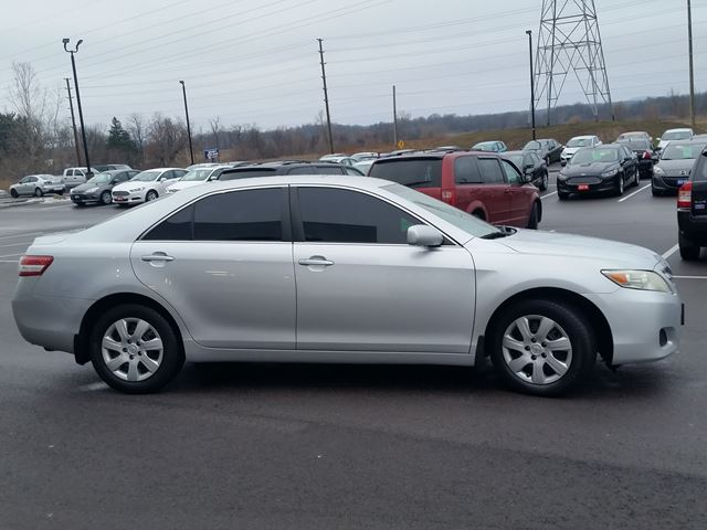 2010 toyota camry le brantford ontario car for sale 2687567. Black Bedroom Furniture Sets. Home Design Ideas
