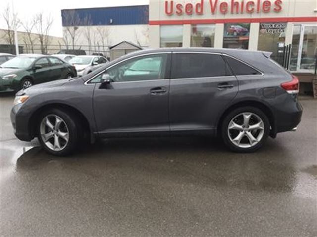 2016 toyota venza off lease back up camera dual climate toronto ontario used car for. Black Bedroom Furniture Sets. Home Design Ideas