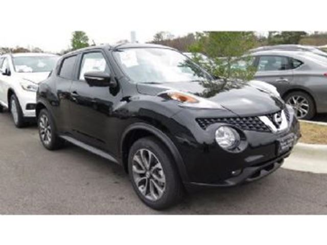 2017 nissan juke sl 4x4 turbo mississauga ontario used car for sale 2687950. Black Bedroom Furniture Sets. Home Design Ideas