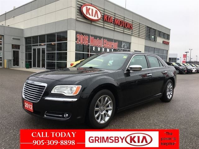 2012 chrysler 300 limited low low payments grimsby ontario used car for sale 2688038. Black Bedroom Furniture Sets. Home Design Ideas