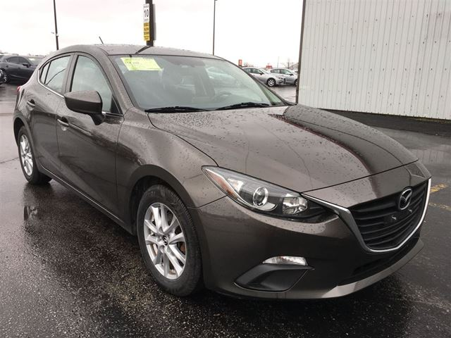 2014 mazda mazda3 hatchback cayuga ontario used car for sale 2688986. Black Bedroom Furniture Sets. Home Design Ideas
