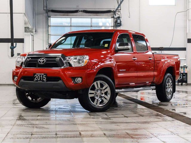 2015 toyota tacoma limited kelowna british columbia used car for sale 2688927. Black Bedroom Furniture Sets. Home Design Ideas