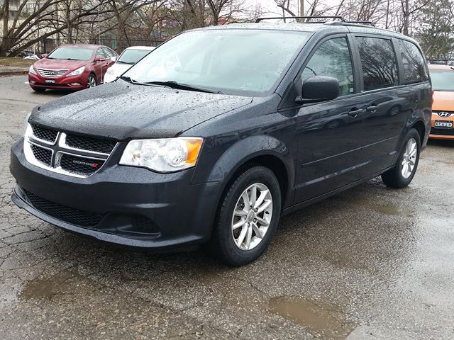 2014 dodge grand caravan sxt full stow go black ashqis auto. Black Bedroom Furniture Sets. Home Design Ideas