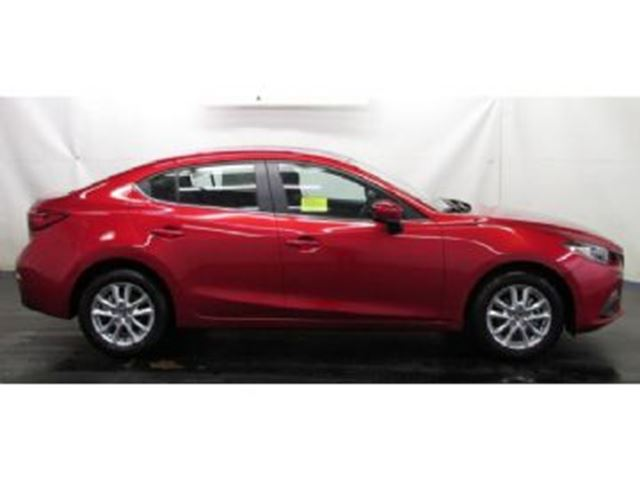 2016 mazda mazda3 gt luxury package navi mississauga. Black Bedroom Furniture Sets. Home Design Ideas