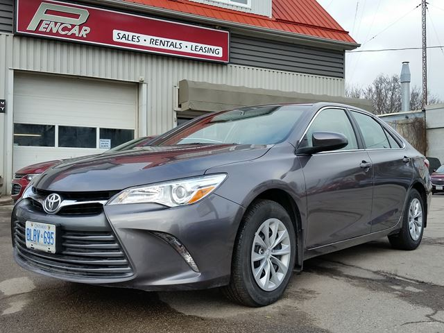 2016 toyota camry le previous rental vehicle brantford ontario car for sale 2691136. Black Bedroom Furniture Sets. Home Design Ideas
