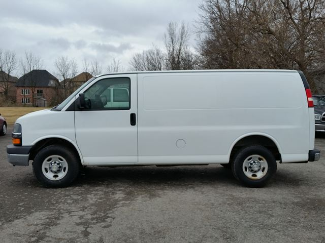 2008 chevrolet express 1500 brantford ontario used car. Black Bedroom Furniture Sets. Home Design Ideas