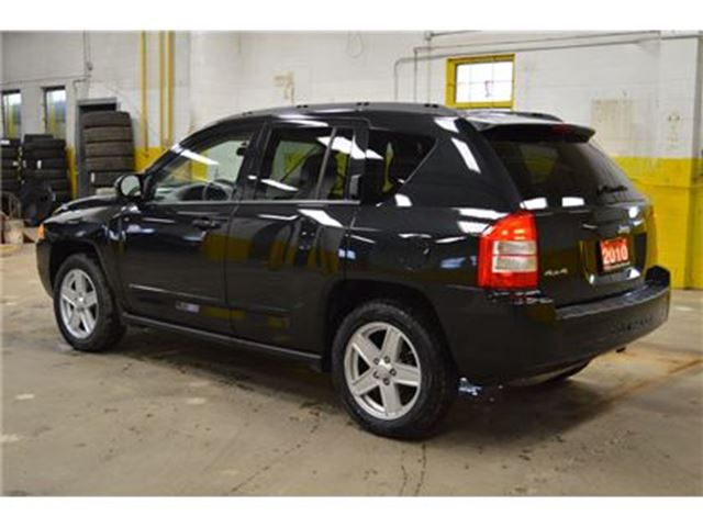 used 2010 jeep compass i 4 cy north 4x4 only 99 000 km. Black Bedroom Furniture Sets. Home Design Ideas