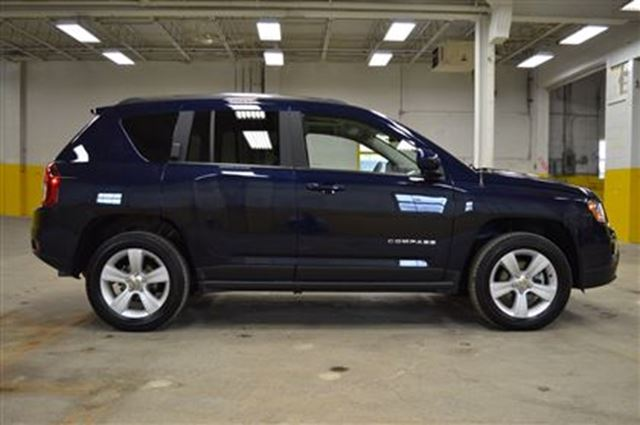 used 2016 jeep compass i 4 cy high altitude leather 4x4. Black Bedroom Furniture Sets. Home Design Ideas