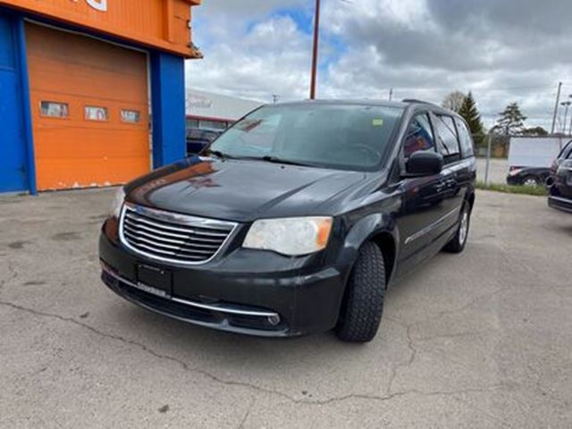 used 2011 chrysler town country v 6 cy touring dvd roof stow n go london. Black Bedroom Furniture Sets. Home Design Ideas