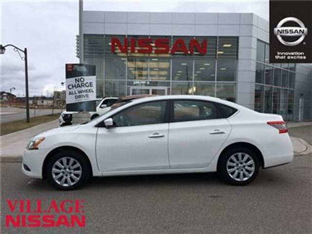 2014 nissan sentra sv only 25k must see markham ontario used car for sale 2691044. Black Bedroom Furniture Sets. Home Design Ideas