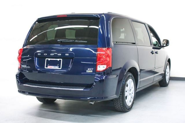 2014 dodge grand caravan sxt north york ontario used car for sale 2690913. Black Bedroom Furniture Sets. Home Design Ideas