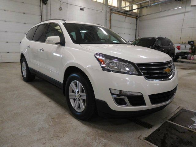 2014 chevrolet traverse 2lt awd calgary alberta used. Black Bedroom Furniture Sets. Home Design Ideas