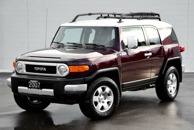 2007 toyota fj cruiser b package red penticton honda. Black Bedroom Furniture Sets. Home Design Ideas