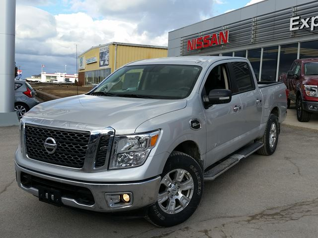 2017 nissan titan sv silver experience nissan new car. Black Bedroom Furniture Sets. Home Design Ideas
