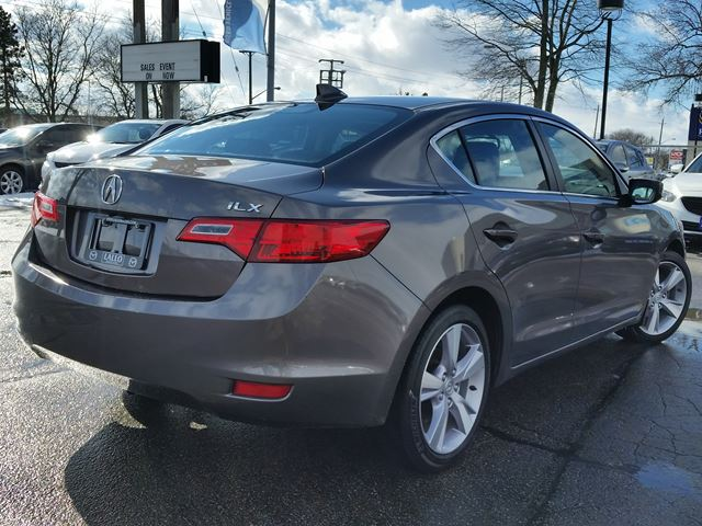 2013 acura ilx tech package brantford ontario used car for sale 2693031. Black Bedroom Furniture Sets. Home Design Ideas