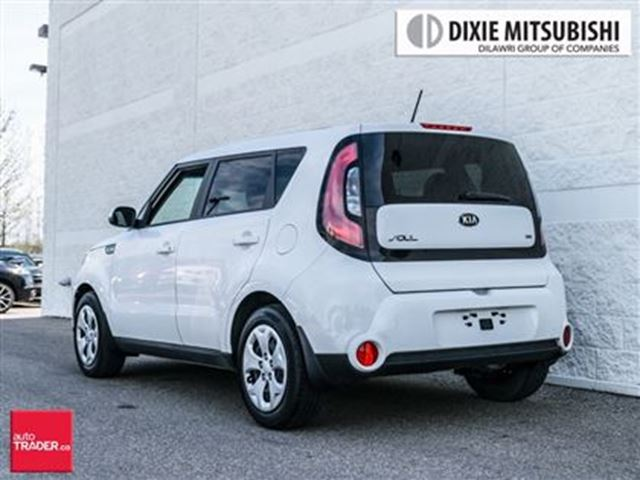 2015 kia soul 1 6l lx at new tires new brakes. Black Bedroom Furniture Sets. Home Design Ideas