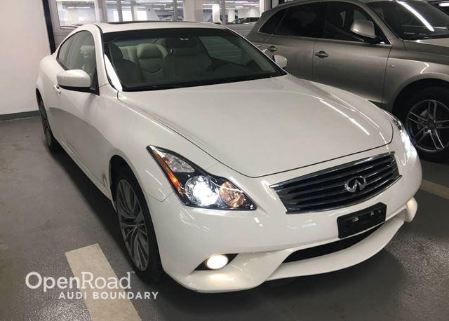 2011 infiniti g37 coupe 2dr auto sport awd white. Black Bedroom Furniture Sets. Home Design Ideas