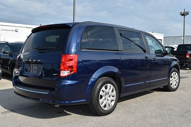 2017 dodge grand caravan sxt jazz blue pearl elgin. Black Bedroom Furniture Sets. Home Design Ideas