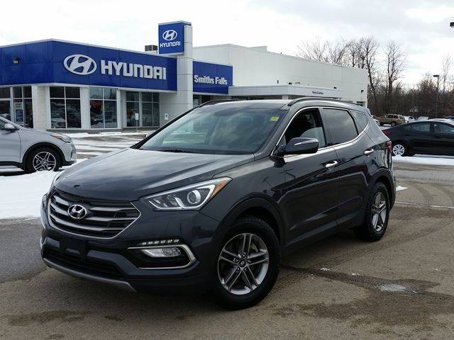 2017 hyundai santa fe se smiths falls ontario used car for sale 2694123. Black Bedroom Furniture Sets. Home Design Ideas