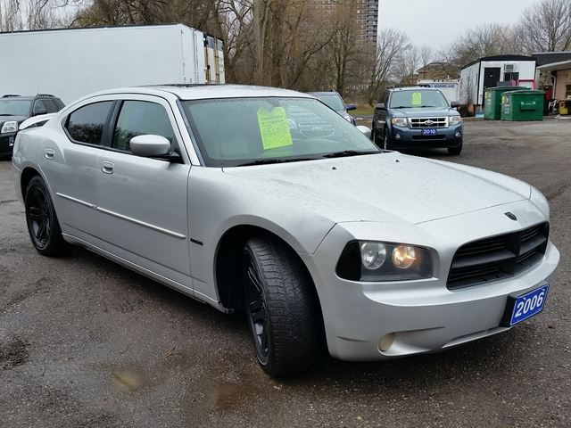 2006 dodge charger r t whitby ontario used car for sale 2694574. Black Bedroom Furniture Sets. Home Design Ideas