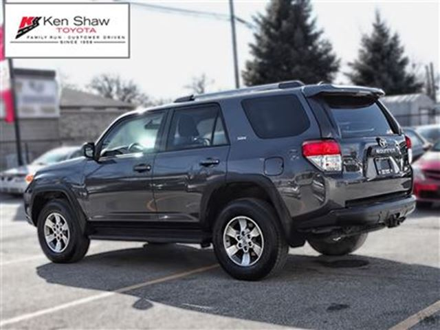 2013 toyota 4runner sr5 v6 toronto ontario used car for sale 2695609. Black Bedroom Furniture Sets. Home Design Ideas