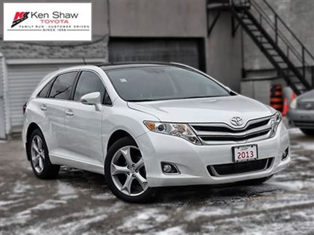 2013 toyota venza leather moonroof v6 awd toronto ontario used car for sale 2695614. Black Bedroom Furniture Sets. Home Design Ideas