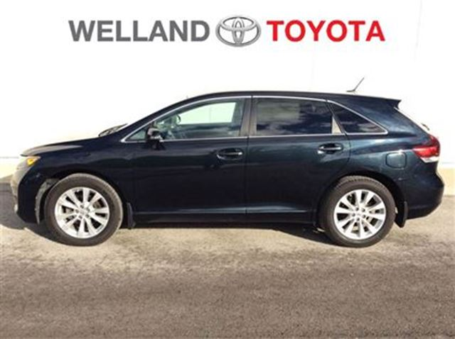2013 toyota venza xle dark grey welland toyota. Black Bedroom Furniture Sets. Home Design Ideas
