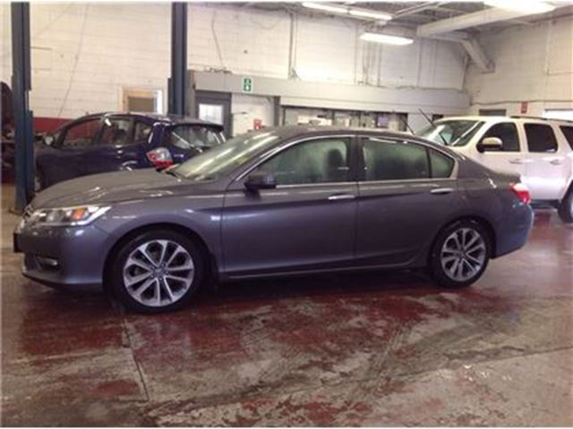 2014 honda accord sport ottawa ontario used car for sale 2697186. Black Bedroom Furniture Sets. Home Design Ideas