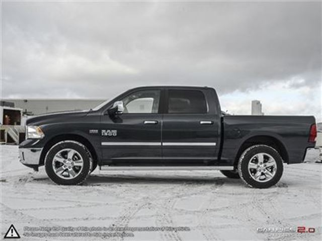 2017 dodge ram 1500 slt 4x4 hemi back up cam cambridge ontario used car for sale 2696432. Black Bedroom Furniture Sets. Home Design Ideas