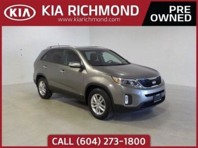 2014 KIA SORENTO LX in Richmond, British Columbia