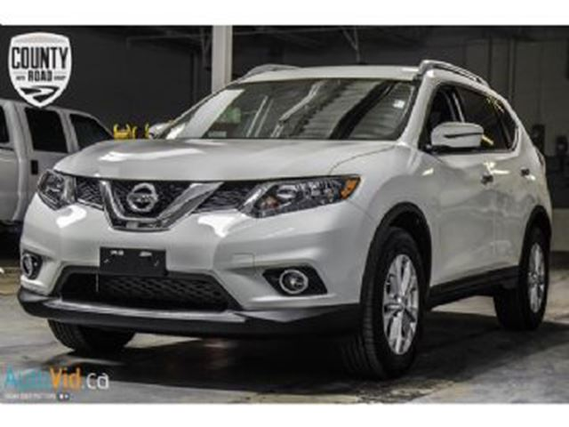 2016 nissan rogue sv awd moonroof tech mississauga ontario used car for sale 2697550. Black Bedroom Furniture Sets. Home Design Ideas
