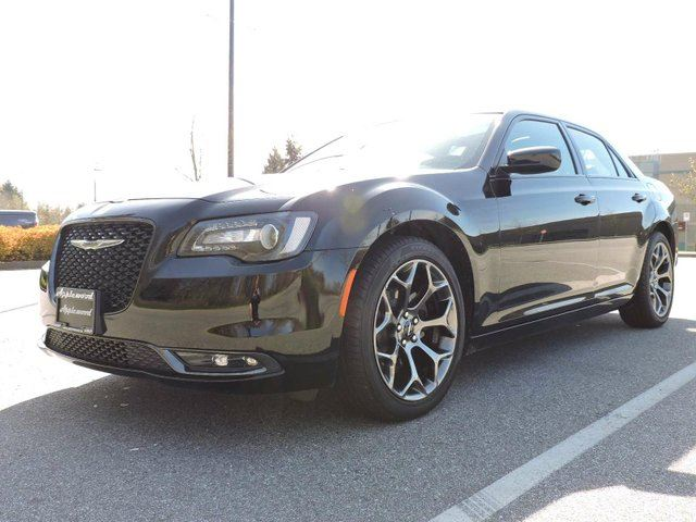 2015 chrysler 300 s surrey british columbia used car for sale 2697674. Black Bedroom Furniture Sets. Home Design Ideas