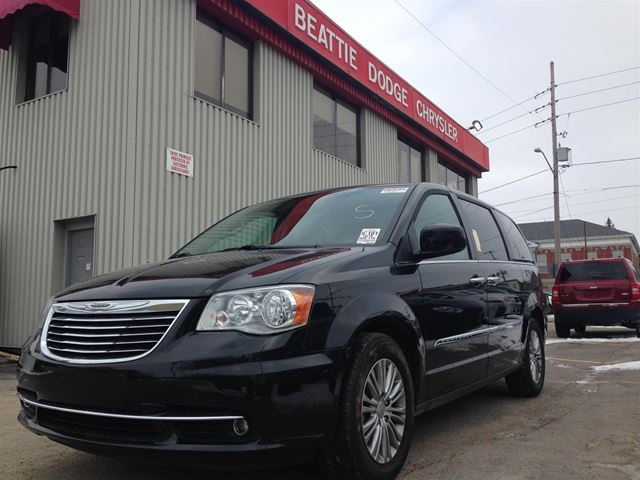 2016 chrysler town and country touring l brockville ontario used. Cars Review. Best American Auto & Cars Review
