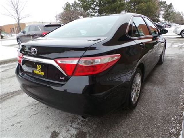 2015 toyota camry le upgrade package woodbridge ontario used car for sale 2698120. Black Bedroom Furniture Sets. Home Design Ideas