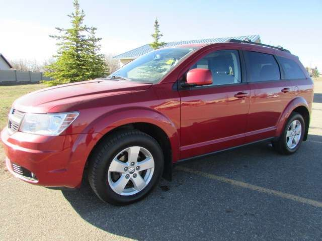 2010 DODGE JOURNEY SXT 7 Passenger in Medicine Hat, Alberta