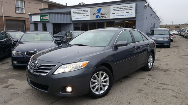 2011 toyota camry xle etobicoke ontario car for sale 2700060. Black Bedroom Furniture Sets. Home Design Ideas