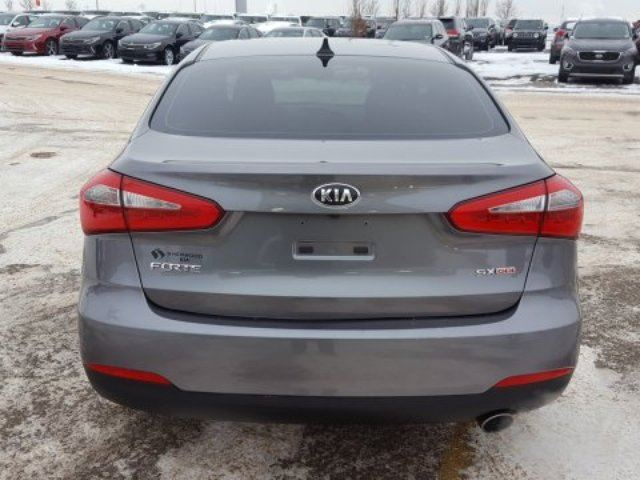 2015 kia forte sx accident free back up cam bluetooth a c edmonton sherwood park. Black Bedroom Furniture Sets. Home Design Ideas