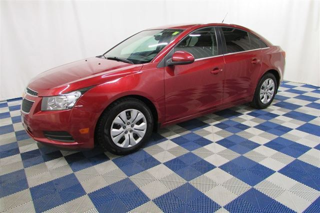used 2013 chevrolet cruze i 4 cy lt turbo clean history low km great price winnipeg. Black Bedroom Furniture Sets. Home Design Ideas