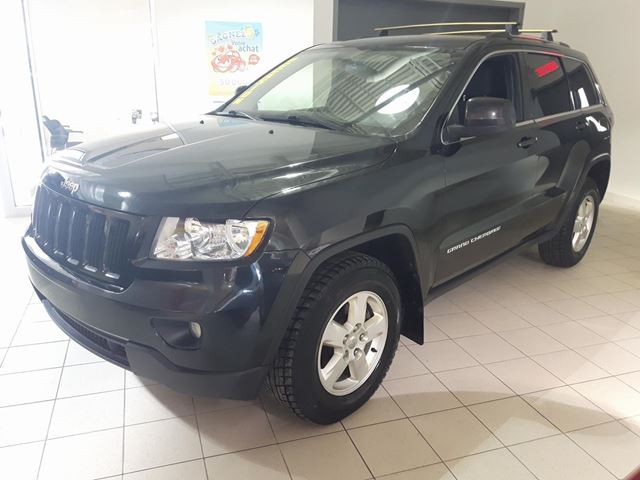 2013 JEEP GRAND CHEROKEE LAREDO 4X4 in Longueuil, Quebec