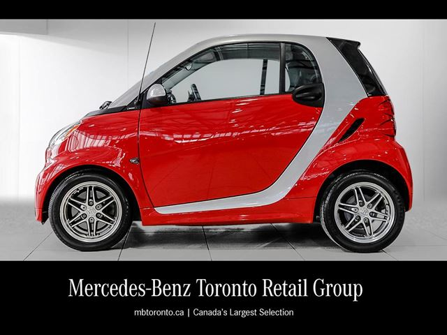 2013 smart fortwo passion cpn toronto ontario used car for sale 2699979. Black Bedroom Furniture Sets. Home Design Ideas