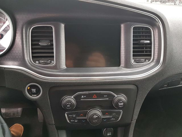 2016 dodge charger sxt sunroof navigation heated seats oshawa ontario used car for sale. Black Bedroom Furniture Sets. Home Design Ideas