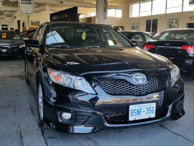 2010 toyota camry se toronto ontario used car for sale 2700093. Black Bedroom Furniture Sets. Home Design Ideas