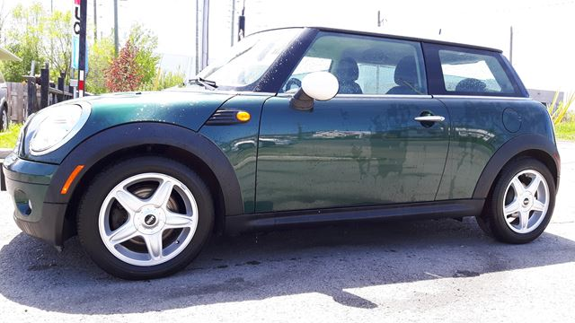 2007 MINI Cooper CLASSIC, AUTOMATIC, ONLY 94 KMS, 1 YEAR POWER TRAIN WARRANTY  in Ottawa, Ontario