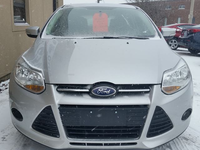 2014 ford focus se 1 owner financing from hamilton ontario used car for sale. Black Bedroom Furniture Sets. Home Design Ideas