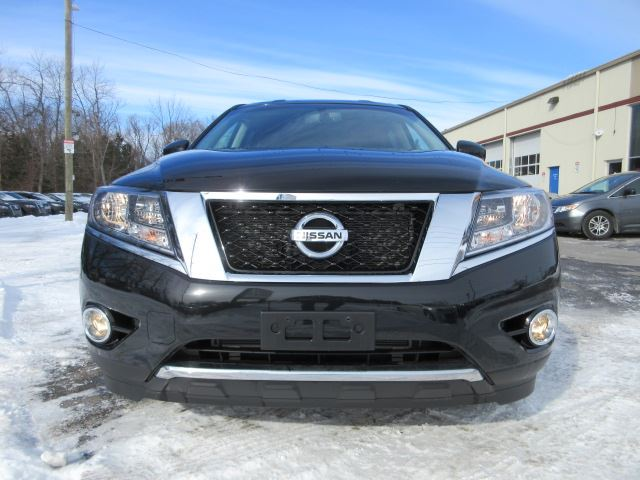 2016 nissan pathfinder sv awd htd seats bt camera 20k. Black Bedroom Furniture Sets. Home Design Ideas