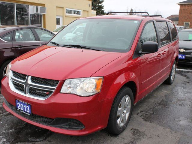 2013 dodge grand caravan se stow go rear air red 9 auto sales. Black Bedroom Furniture Sets. Home Design Ideas